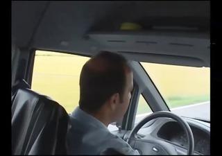 mother i scopata nel furgone del sesso-italiana
