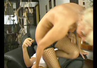 sexy mom 111 blonde bushy mature with a youthful